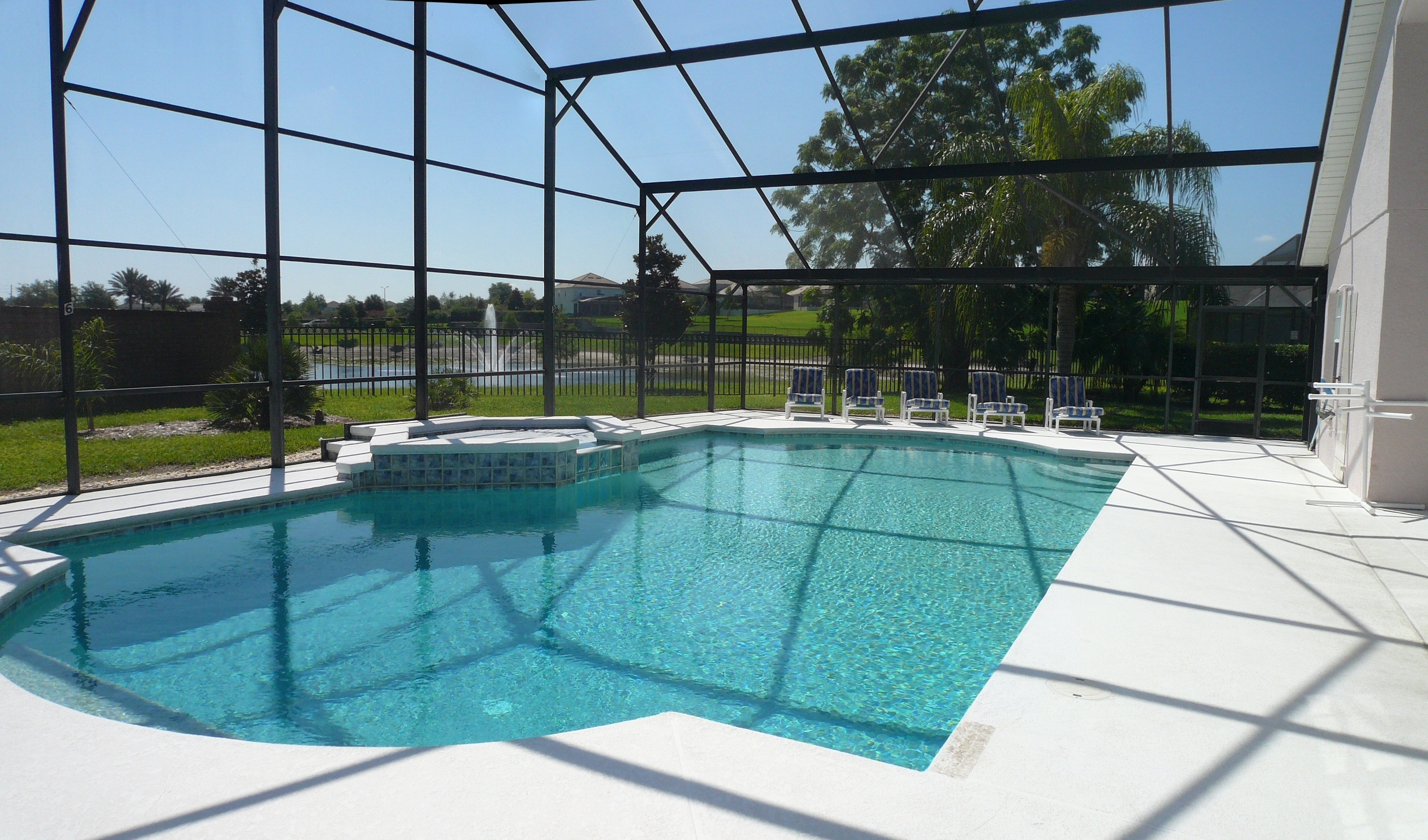 Kissimmee executive pool home private heated pool orlando for Big garden pools